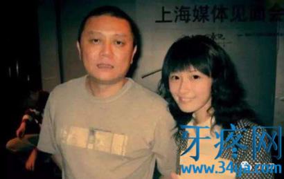 徐静蕾个人资料:徐静蕾男朋友王朔、黄立行、李亚鹏、黄觉、张亚东、成龙....